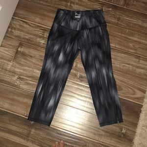 Other - Patterned workout leggings